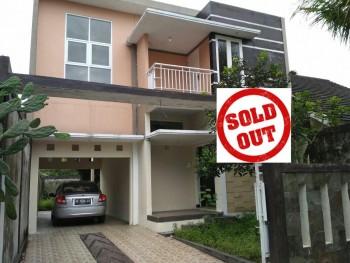 Rumah Mewah 2 Lantai Samping Kampus UII Yogyakarta